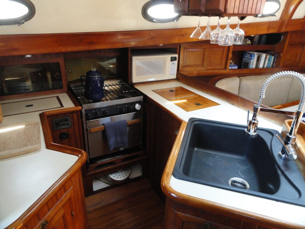 Fine seagoing galley.